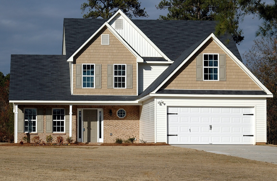How To Effectively Secure Your Garage Door – Quick And Easy Tips